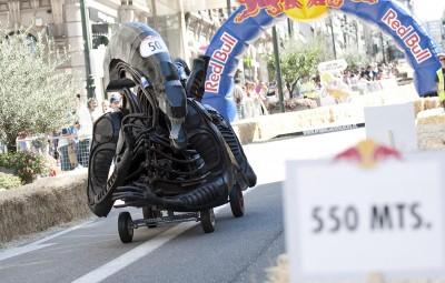 http://www.nortecastilla.es/multimedia/fotos/motor/63214-carrera-autos-bull-locos-vigo-0.html