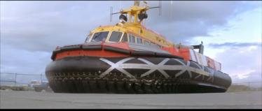 Luego lo parchean y siguen dando por culo con el hovercraft